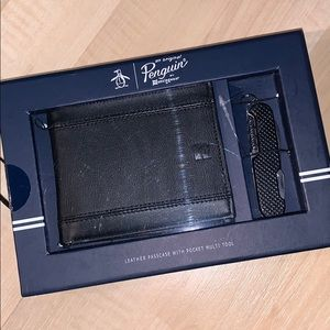 ORIGINAL PENGUIN LEATHER Wallet w/ Multi Tool set